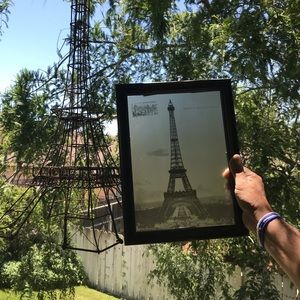"""Eiffel Tower 2 ft,10""""X10"""" at base. Pic is 13 x 10"""""""